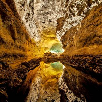 Excursión por Timanfaya, Mirador del Río, Jameos del Agua y Cueva de los Verdes